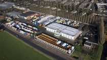Μάντρα αποθεμάτων (στοκ) CRM Trucks & Trailers BV