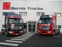 Μάντρα αποθεμάτων (στοκ) Bernis Trucks
