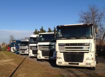 Μάντρα αποθεμάτων (στοκ) DS Trucks