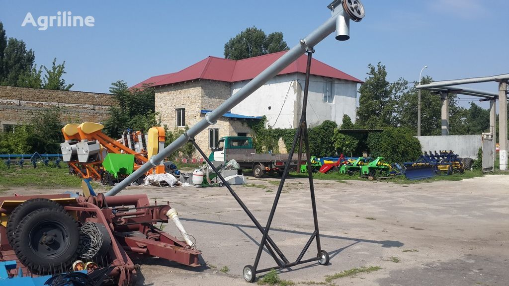 καινούριο σποροεκτοξευτήρας Shnekovyy pogruzchik (Shnek) ZShP-1 (Polsha)