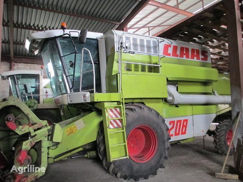 θεριζοαλωνιστική μηχανή CLAAS Rozborka Mega 208
