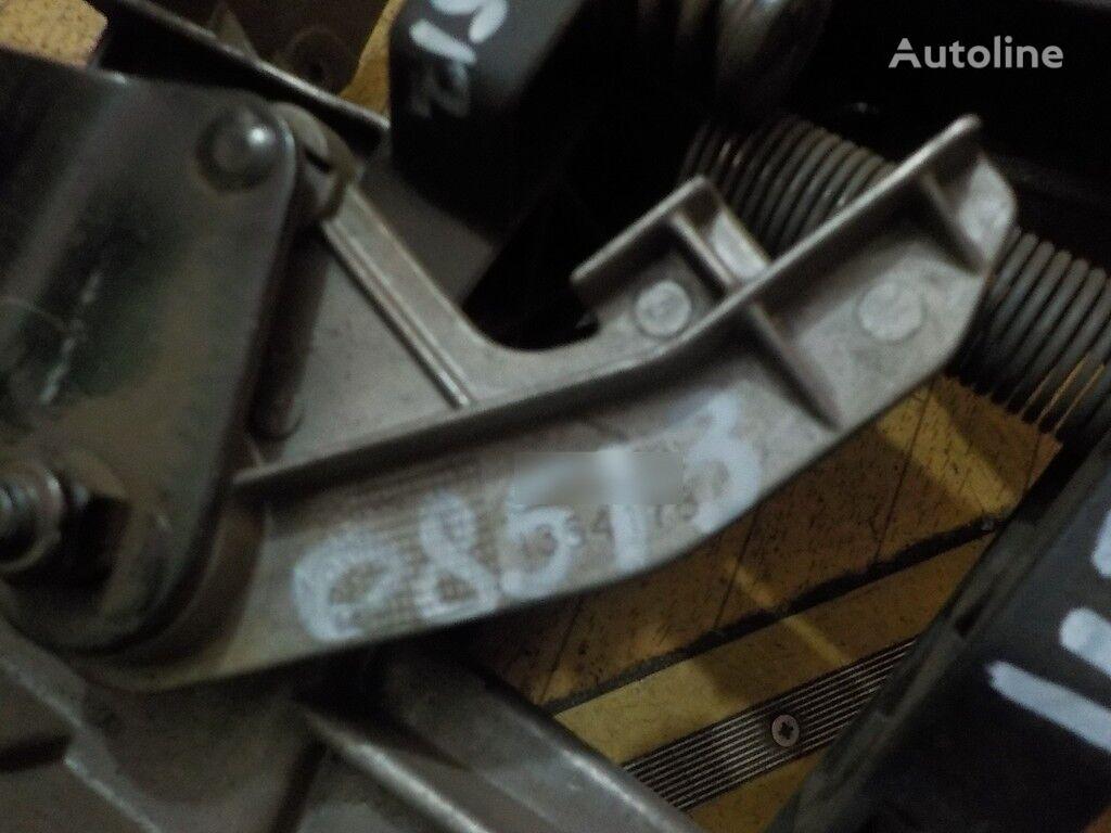 φορτηγό για ανταλλακτικό  Rychag perednego stabilizatora DAF