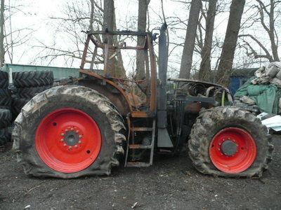 τρακτέρ CLAAS ARES 836 για ανταλλακτικό  b/u zapchasti / used spare parts