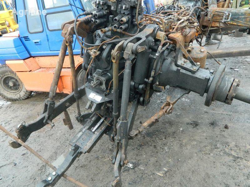 τρακτέρ NEW HOLLAND T7030 για ανταλλακτικό  b/u zapchasti / used spare parts