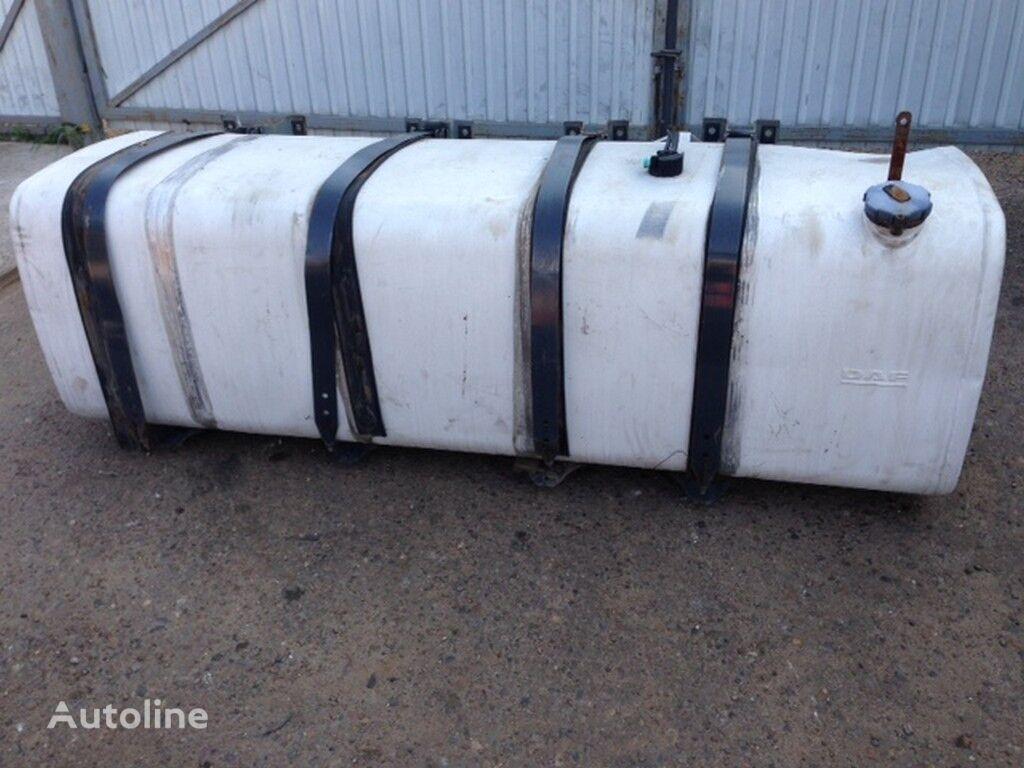 φορτηγό για δεξαμενή καυσίμου  alyuminievyy 995l (DAF 700H700H2220)