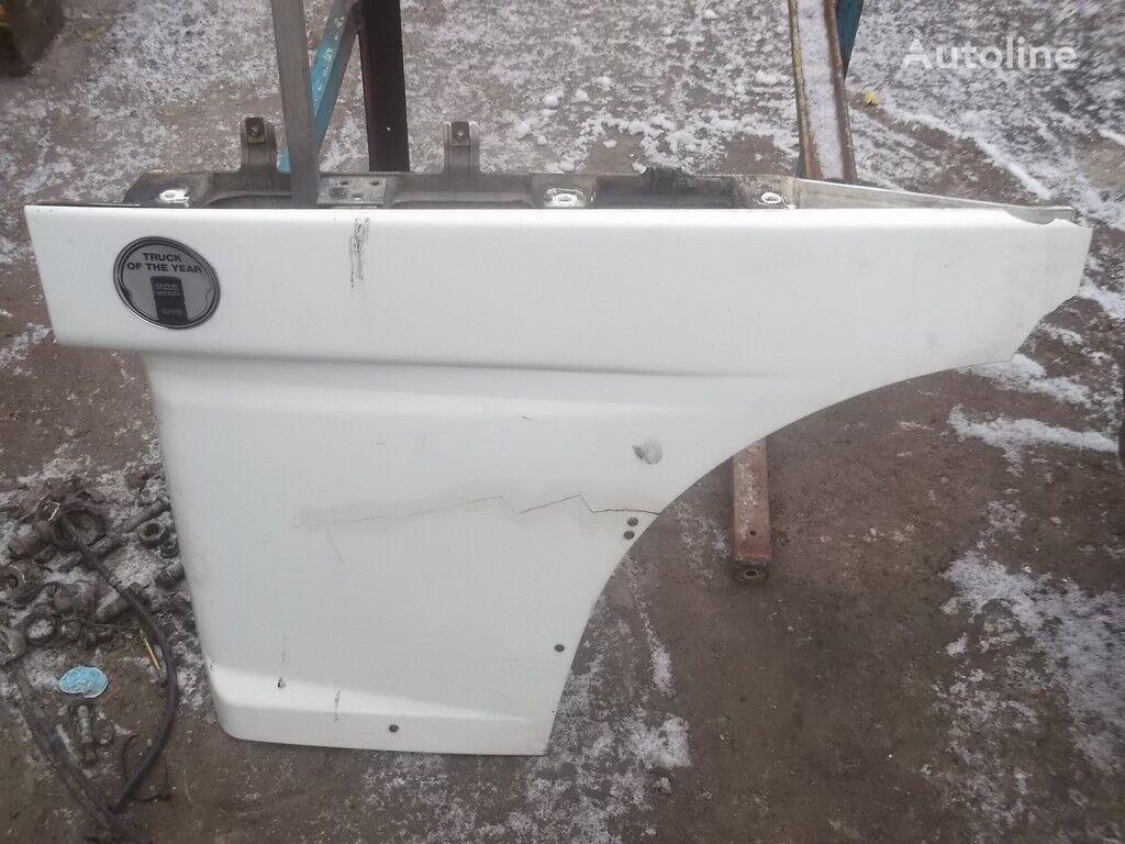 φορτηγό για φινίρισμα επιφάνειας οπής  Nakladka dveri peredney levoy DAF