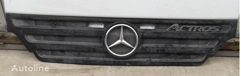 φορτηγό για φινίρισμα επιφάνειας οπής  Mersedes Benz Reshetka radiatora