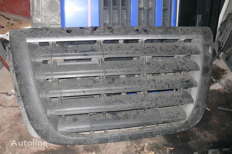 ελκυστήρας DAF για φινίρισμα επιφάνειας οπής  Reshetka perednyaya E-5