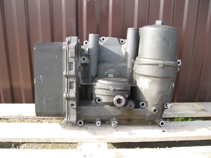 ελκυστήρας DAF XF 105 για φίλτρο λαδιού  CHŁODNICZKA OLEJU Z PODSTAWĄ