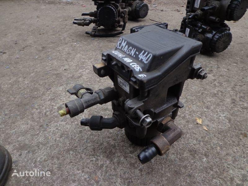 φορτηγό RENAULT Magnum για γερανός  Knorr-Bremse