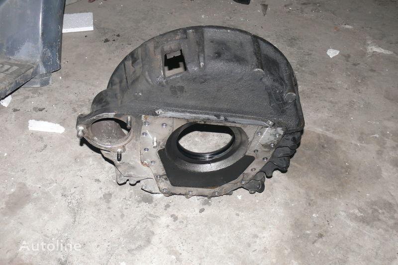 ελκυστήρας DAF για περίβλημα σφονδύλου  Perednyaya kryshka motora DAF 85-95