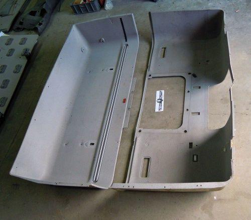 ελκυστήρας DAF XF 105 για πίνακας οργάνων  PODSUFITKA