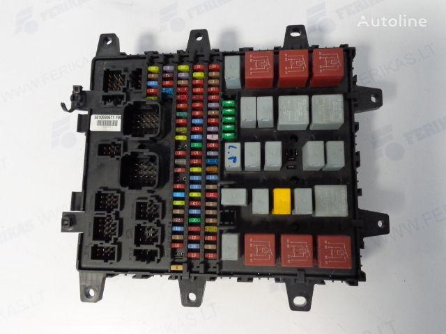 ελκυστήρας RENAULT για πίνακας προστασίας  Fuse protection box 7421169993, 5010590677, 7421079590, 5010428876, 5010231782 , 5010561943