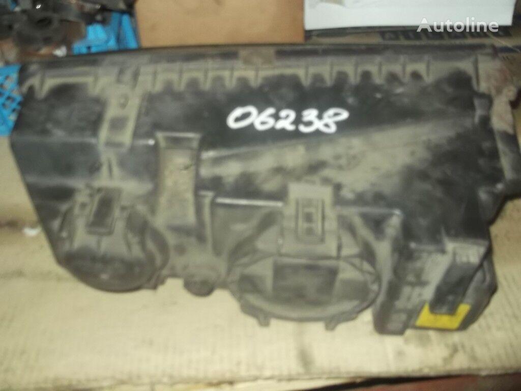 φορτηγό MERCEDES-BENZ για προβολέας
