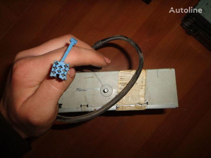 μίνι λεωφορείο για ραδιόφωνο  Blaupunkt IDC A 09. 12V. 5 CD