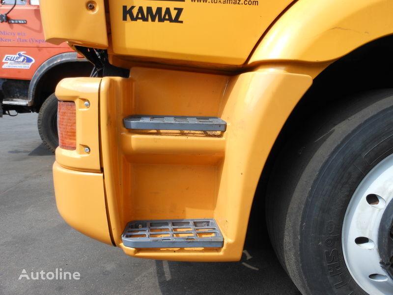 καινούριο φορτηγό KAMAZ 65115 για σκαλοπάτι