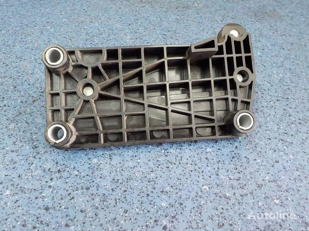 φορτηγό για συνδετήρας  Plastina krepleniya pedali gaza Mercedes Benz