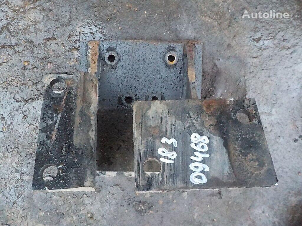 φορτηγό για συνδετήρας  Kronshteyn KPP LH Iveco