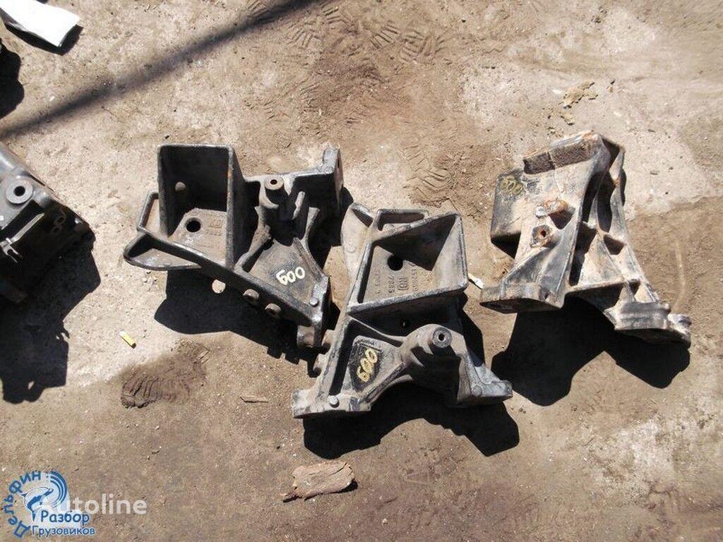 φορτηγό για συνδετήρας  bampera chugunnyy Scania