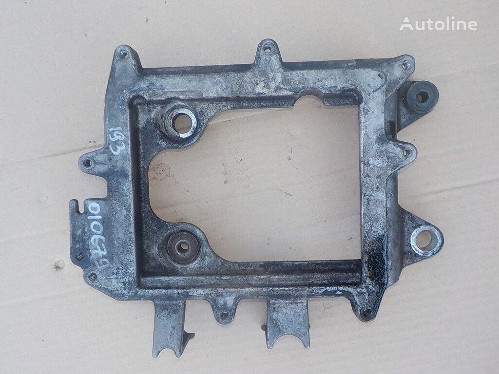 φορτηγό για συνδετήρας  MAN Kronshteyn (blok upravleniya dvigatelem)