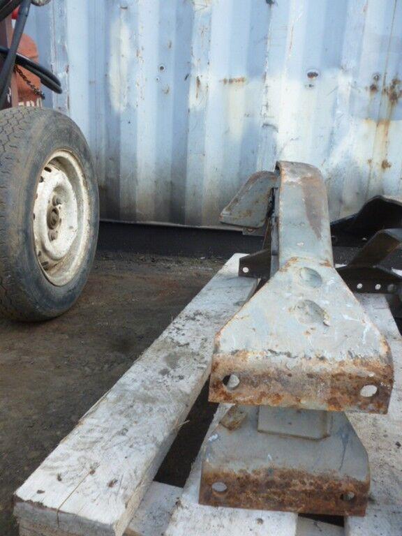 φορτηγό SCANIA για συνδετήρας  Traversa ramy