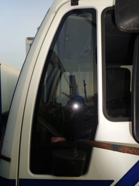 φορτηγό MAN 18 για τζάμι παραθύρου  nepodemnoe