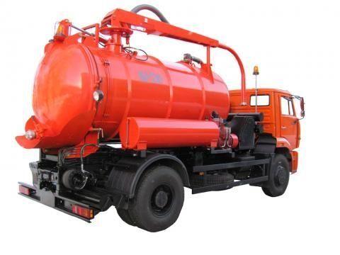 όχημα εκκένωσης βόθρων KAMAZ KO-530-25