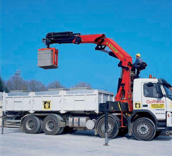 καινούριο γερανοφόρο φορτηγό PALFINGER PK 40002 High Performance