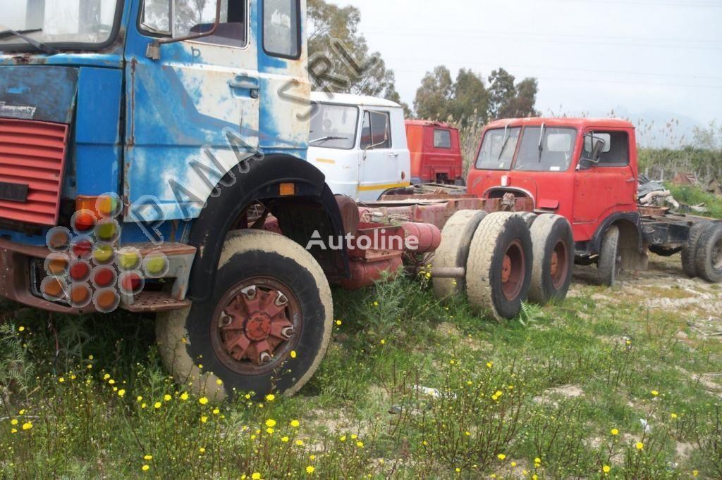 φορτηγό σασί IVECO 330 26