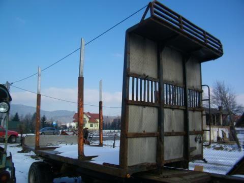 ρυμουλκούμενο μεταφοράς ξυλείας