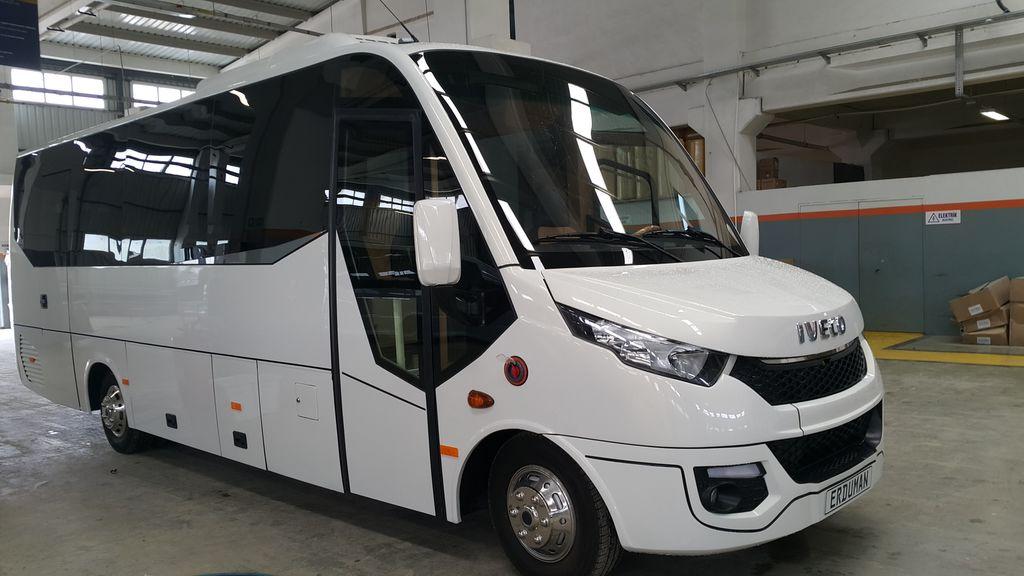 καινούριο τουριστικό λεωφορείο IVECO Erduman