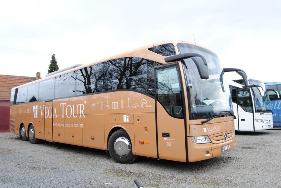 τουριστικό λεωφορείο MERCEDES-BENZ Tourismo 17 RHD