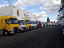 Μάντρα αποθεμάτων (στοκ) Renault Trucks France by Volvo group Lyon