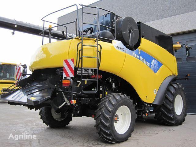 καινούρια θεριζοαλωνιστική μηχανή NEW HOLLAND CR 9080