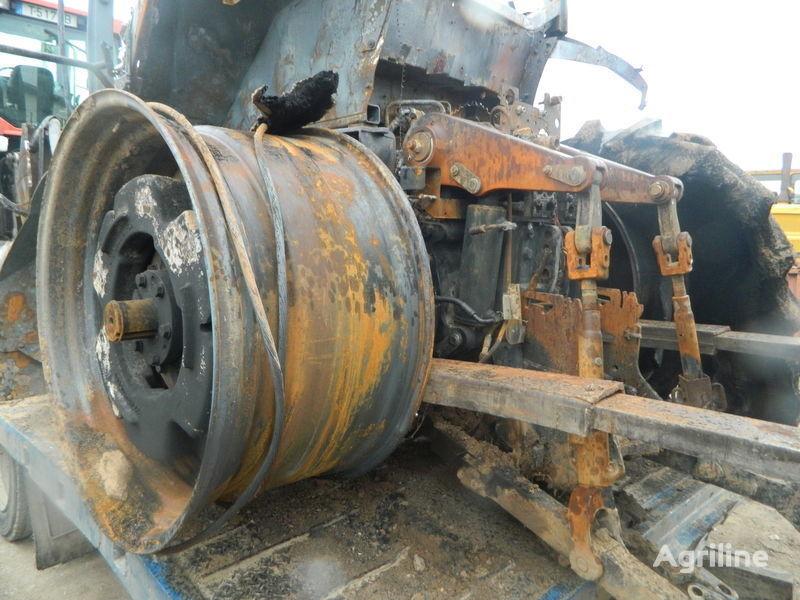 τρακτέρ CASE IH 310 MAGNUM για ανταλλακτικό  b/u zapchasti/ used spare parts