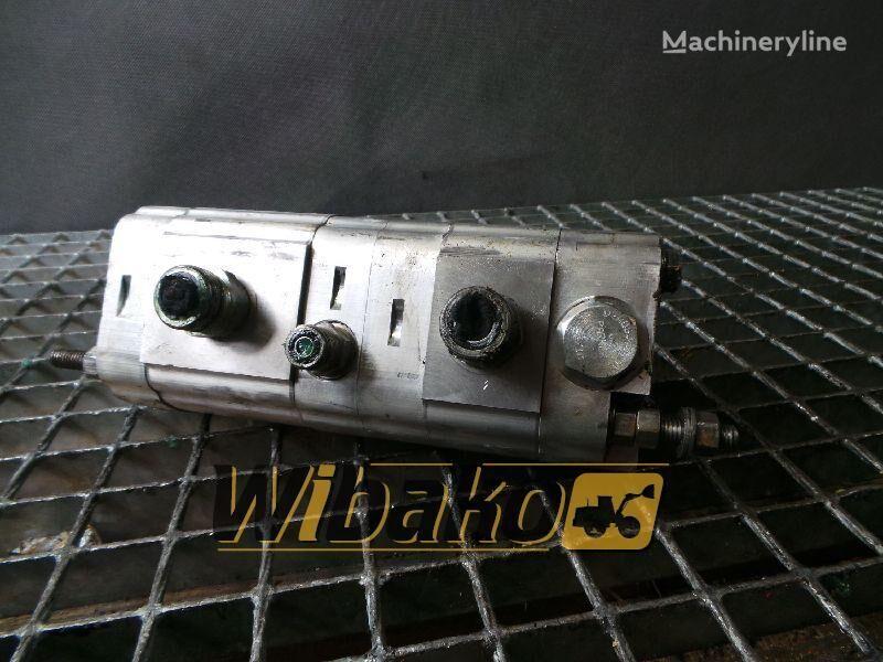 άλλο ειδικό όχημα L180E (2) για ανταλλακτικό  Gear pump Volvo L180E (2) (L180E(2))