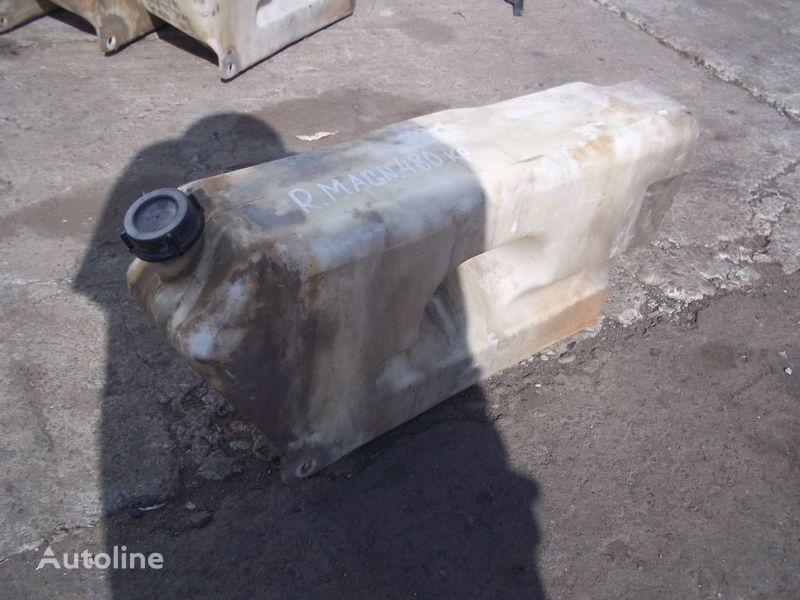 τράκτορας RENAULT Magnum για δοχείο νερού πλύσης RENAULT