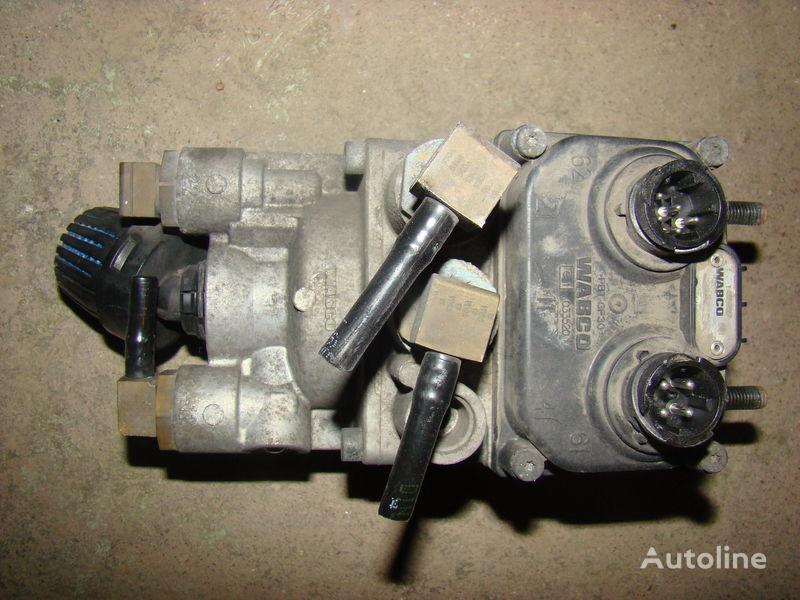 τράκτορας DAF 105XF για γερανός DAF foot brake valve 1455027