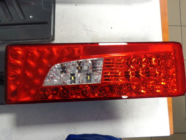 τράκτορας SCANIA R για ηλεκτρικός φανός SCANIA OEM LED back tail lights 2380932 left and right !!!