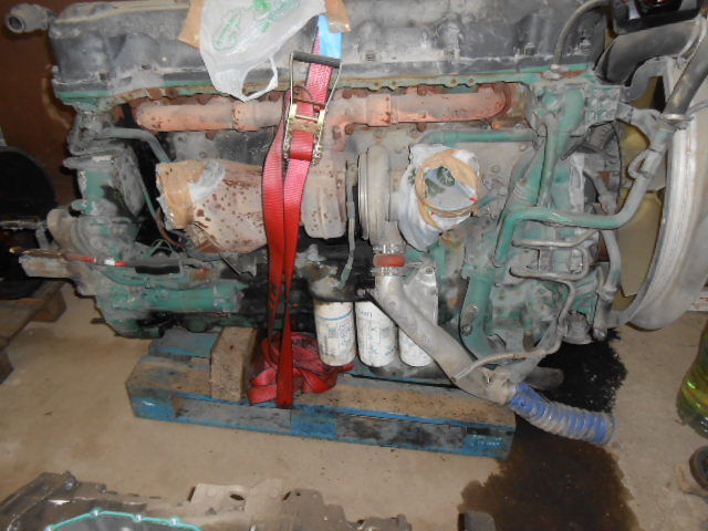 ελκυστήρας VOLVO FH13 440/480 για κινητήρας  D13A480EC01 VOLVO ENGINE KW353/480 cm³ 12780
