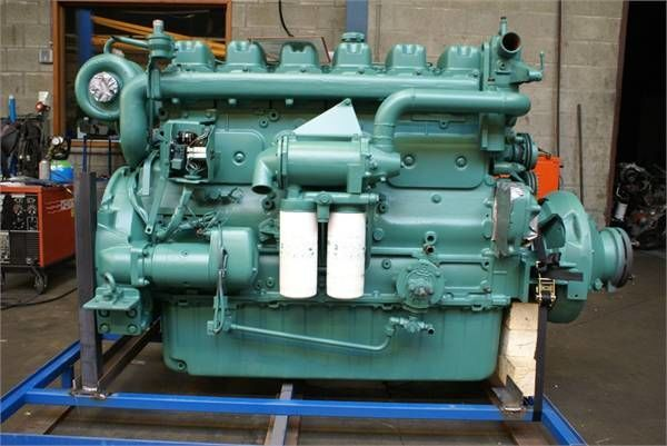 οδοστρωτήρας VOLVO TD121C για κινητήρας