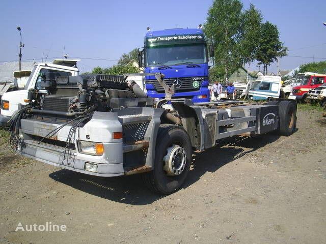 φορτηγό MERCEDES-BENZ ACTROS 1831 για κινητήριος άξονας