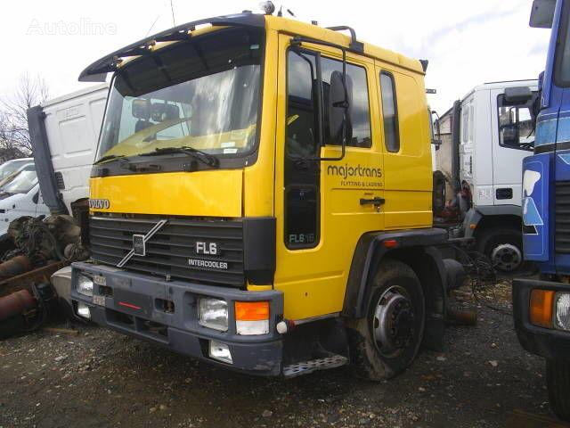 φορτηγό VOLVO FL6 για κουβούκλιο