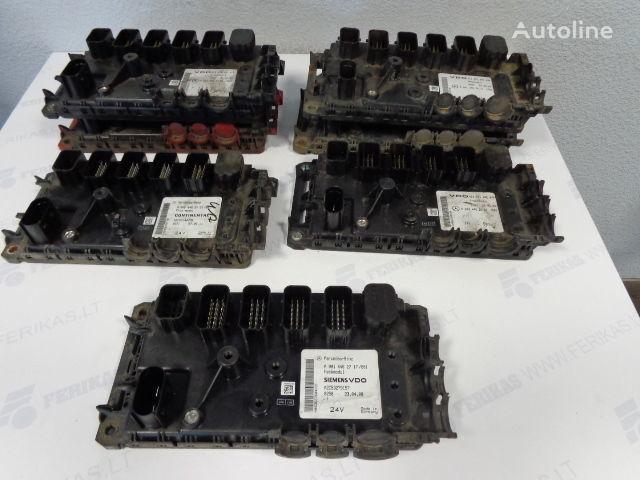 ελκυστήρας MERCEDES-BENZ Actros για μονάδα ελέγχου  VDO Frontmodul 0004461561,0004462261,0004462761,0004462161, 0004462161, 0004461761, 0004462861