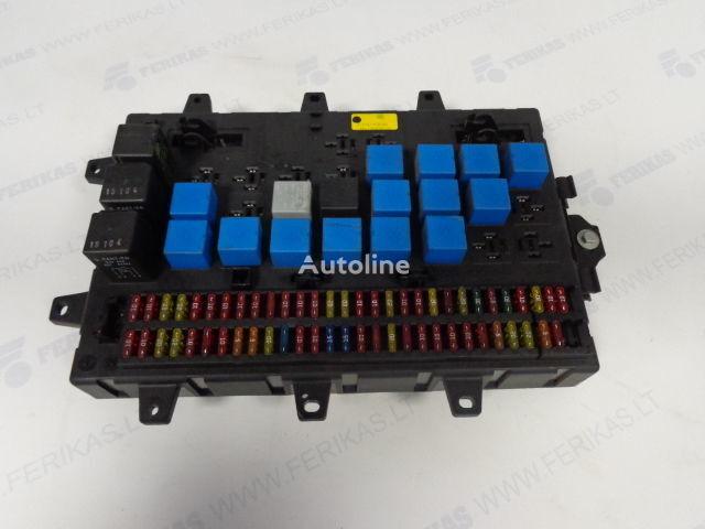 τράκτορας RENAULT MAGNUM για πίνακας προστασίας RENAULT Fuse relay protection box 5010428876,5010231782,5010561943