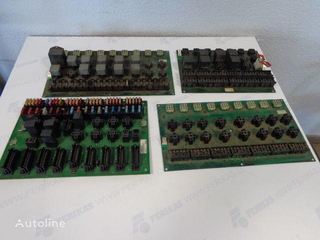 ελκυστήρας VOLVO FH για πίνακας προστασίας  Fuse protection box 1622465,1591816, 1618770, 3197860