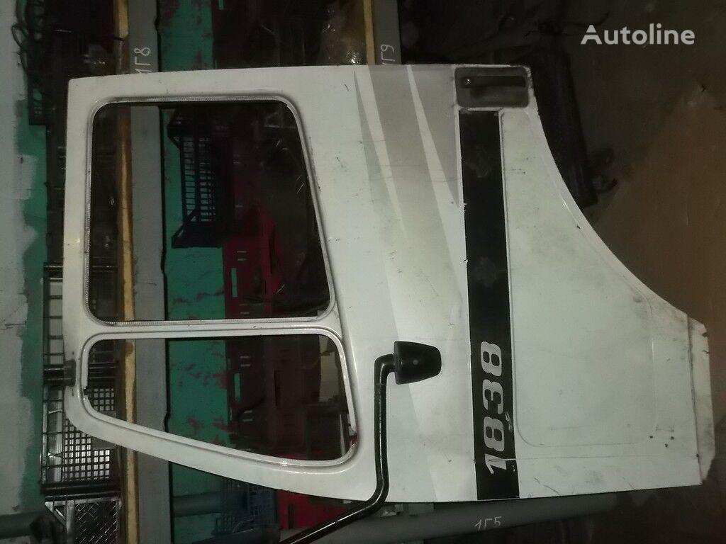 φορτηγό για πόρτα perednyaya LH Mercedes Benz