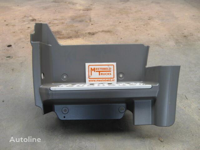καινούριο φορτηγό MERCEDES-BENZ Instapbak links Axor για σκαλοπάτι