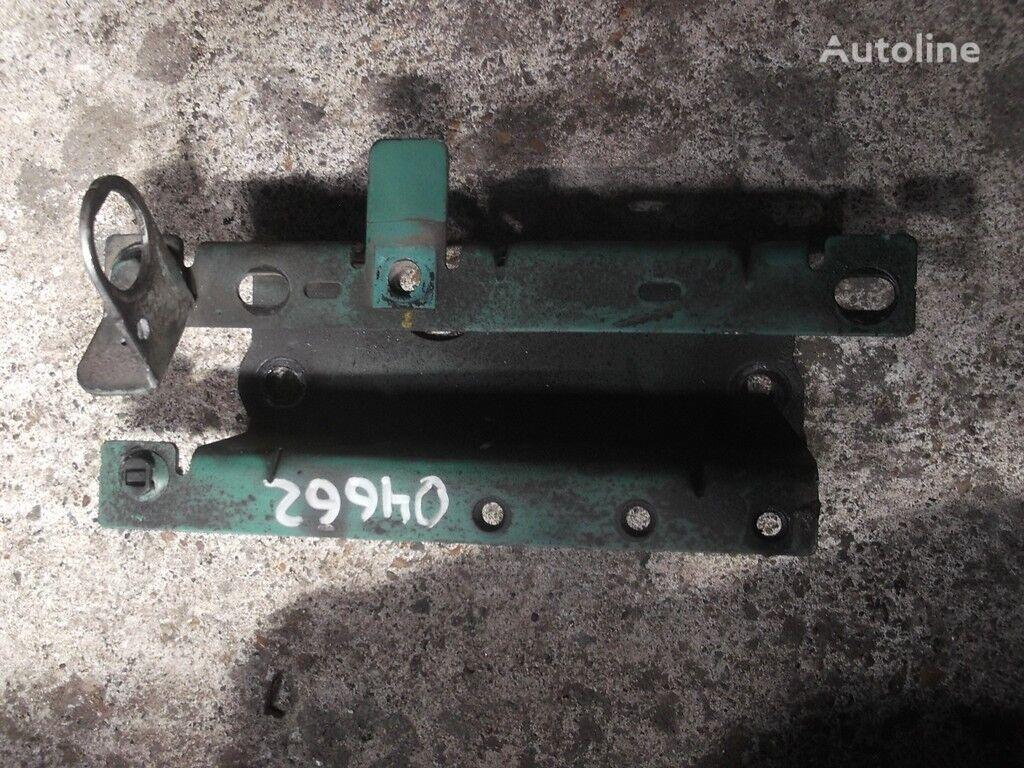 φορτηγό για συνδετήρας Kronshteyn trubki ohlazhdayushchey zhidkosti Volvo