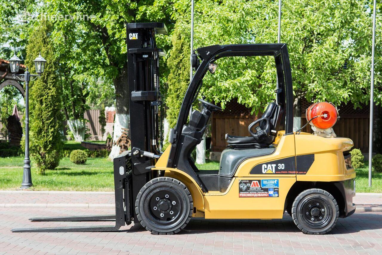 περονοφόρο όχημα CATERPILLAR GP30N
